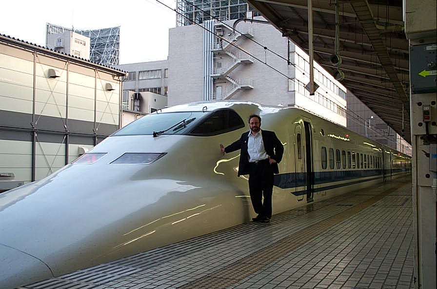 engineering connections bullet train - 896×592